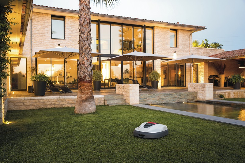 Miimo 3000 is Honda's bigger robot mower