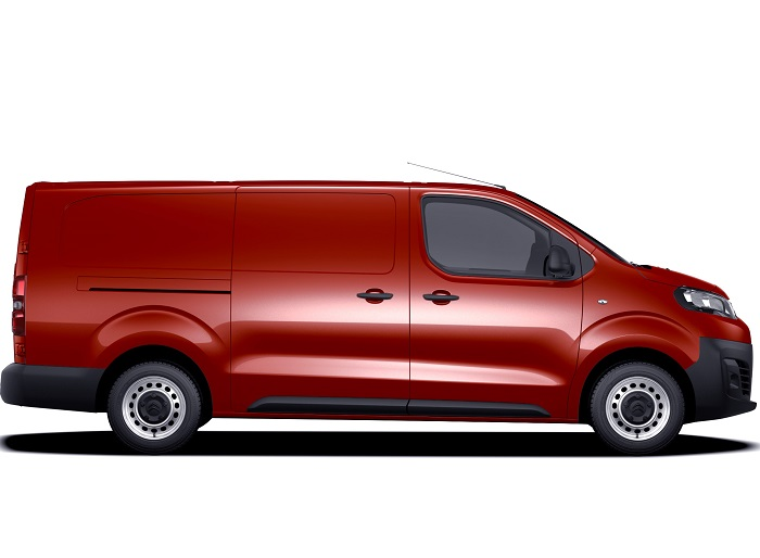 Citroën displays complete Dispatch van range at CV Show