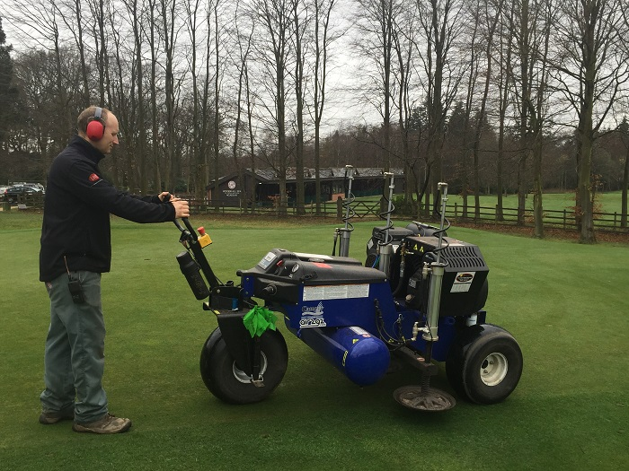 Club bring in year-round aeration with Air2G2