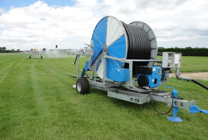 Briggs and Hatz go the extra furlong with irrigation systems