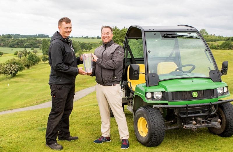 Golf award goes to Sweden