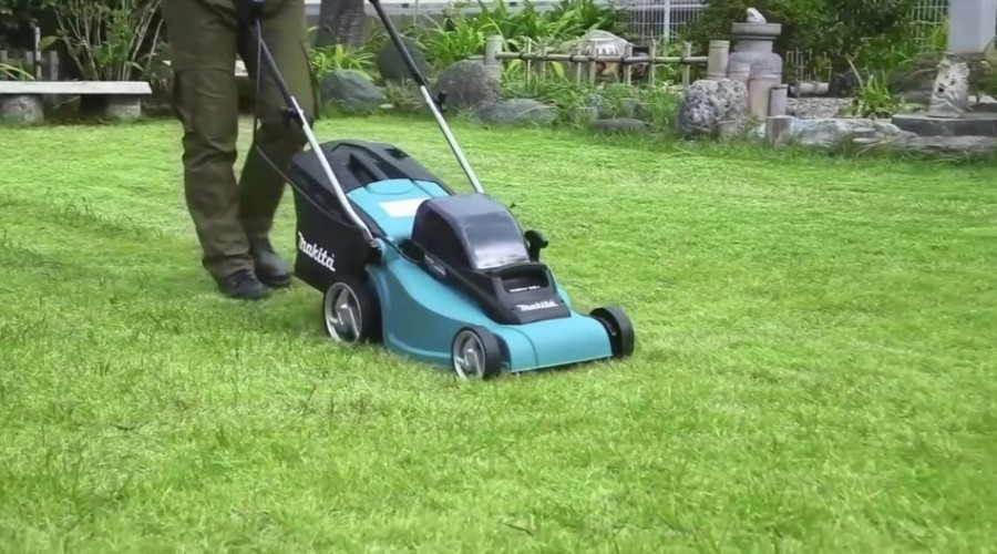Makita Twin 18v Lawnmower DLM380