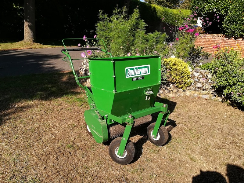 Powered top dresser is perfect solution