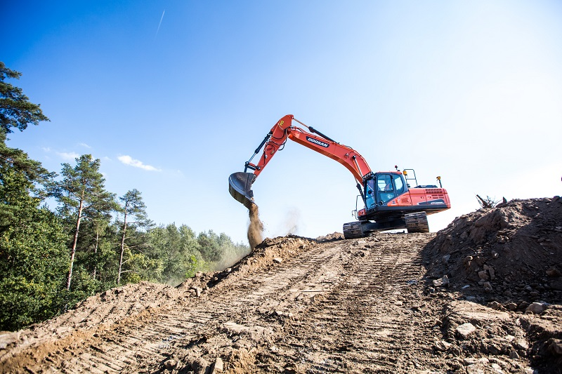 New Leica, Trimble and Xsite ready kits from Doosan