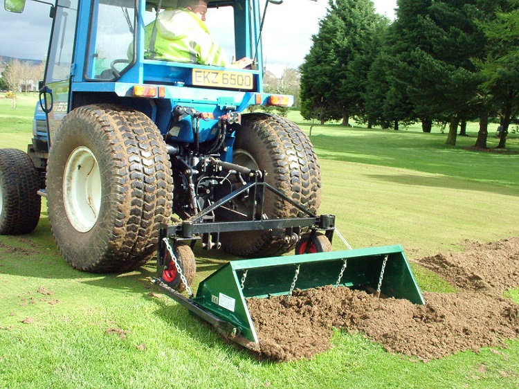 Groundsman FLEXBLADE available to fit many makes of aerators
