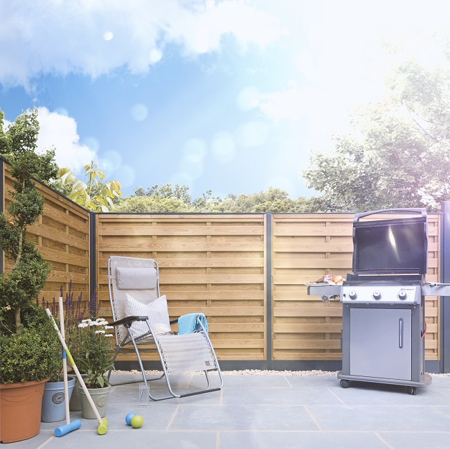 DuraPost  by FENCEMATE provides a stylish and strong alternative