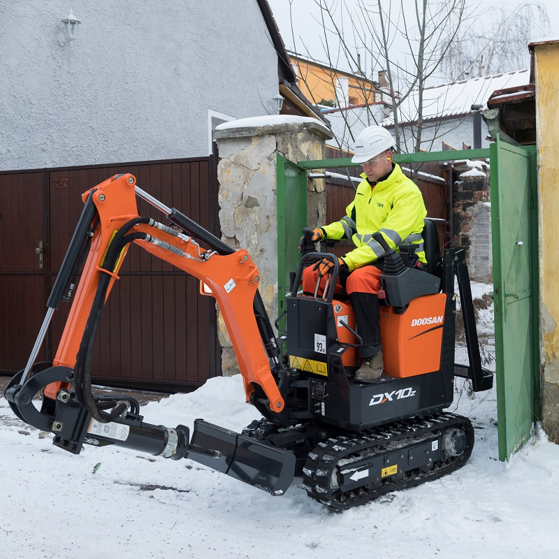 Doosan Launches New DX10Z Mini-Excavator