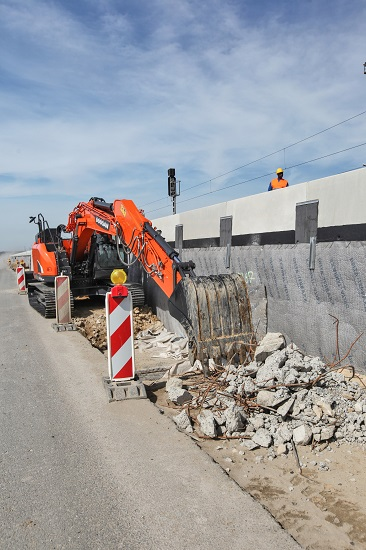 Doosan DX140LCR-5 to be displayed during 2018 World of Concrete