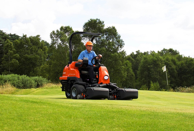 Jacobsen launch new mowers at BTME 2020