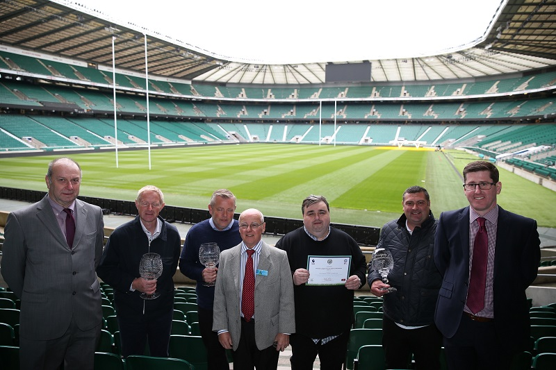 Rigby Taylor congratulates EFL Groundsmen of the Year