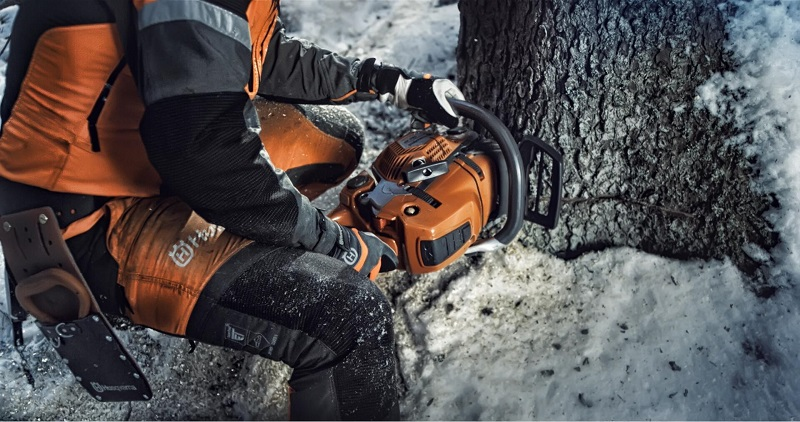 Husqvarna presents top tips for chainsaw users during winter