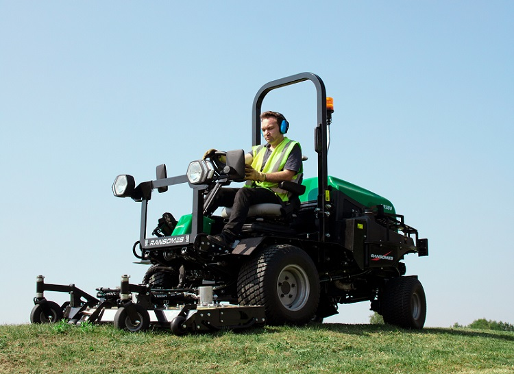 Ransomes launch the HR380 Outfront Rotary & Flail Mower