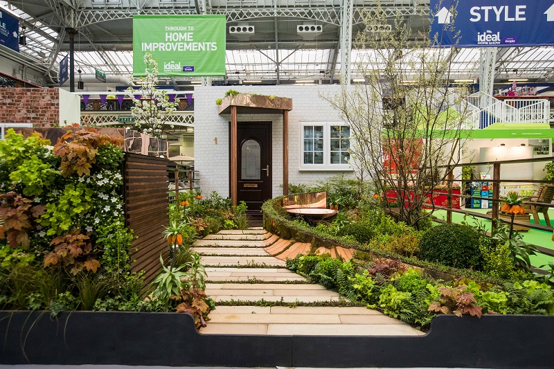 Capel Manor College wins Gold at Ideal Home Show