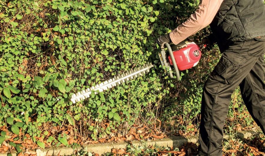 Honda's summer of savings continues with handheld garden machinery