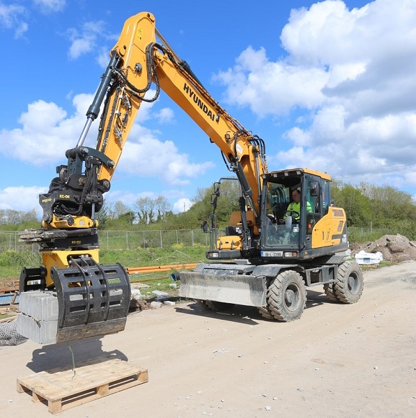 Operator sees productivity double with Engcon