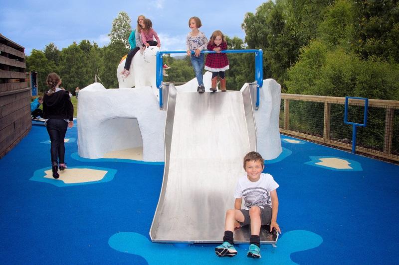 Wicksteed Playgrounds creates polar bear for Scottish Wildlife Park