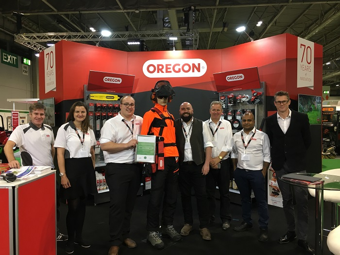 Oregon celebrates innovation award for Gator SpeedLoad