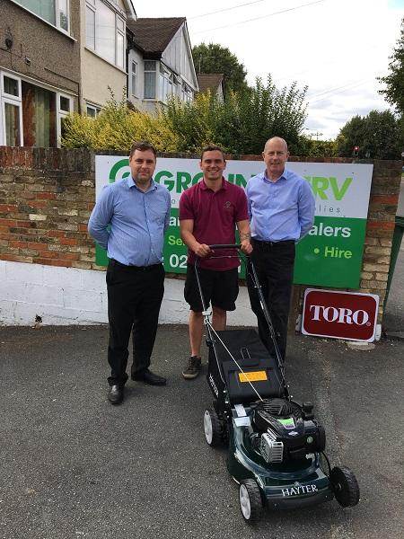 Hayter donates mower in support of charitable greenkeeper