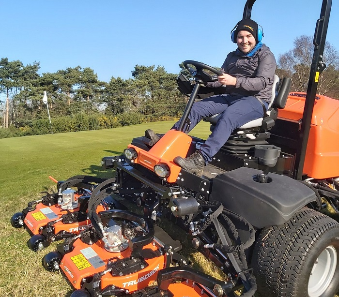 Textron to relocate Jacobsen production to the UK