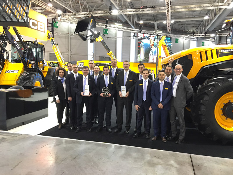 JCB duo named machines of the year at Paris show