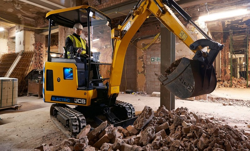 JCB electrifies EHS 2019 with launch of 19C-1E