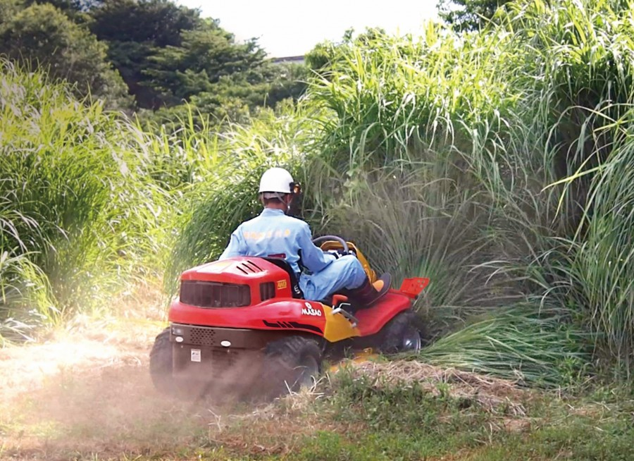 The ultimate all terrain 4WD Extreme brushcutters