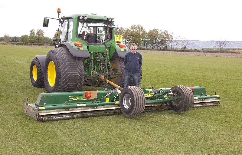 Turf growers make swift work of mowing thanks to Major