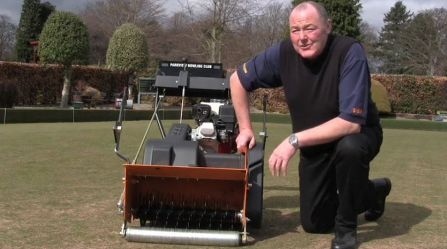 Bowling Green Maintenance with Bowls Scotland & SISIS Auto Rotorake MK5