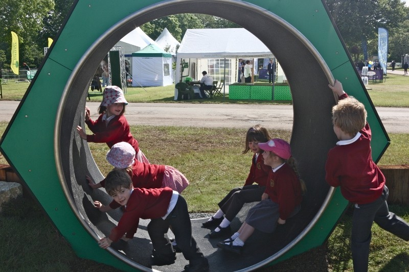 Primary pupils miss out on the outdoors