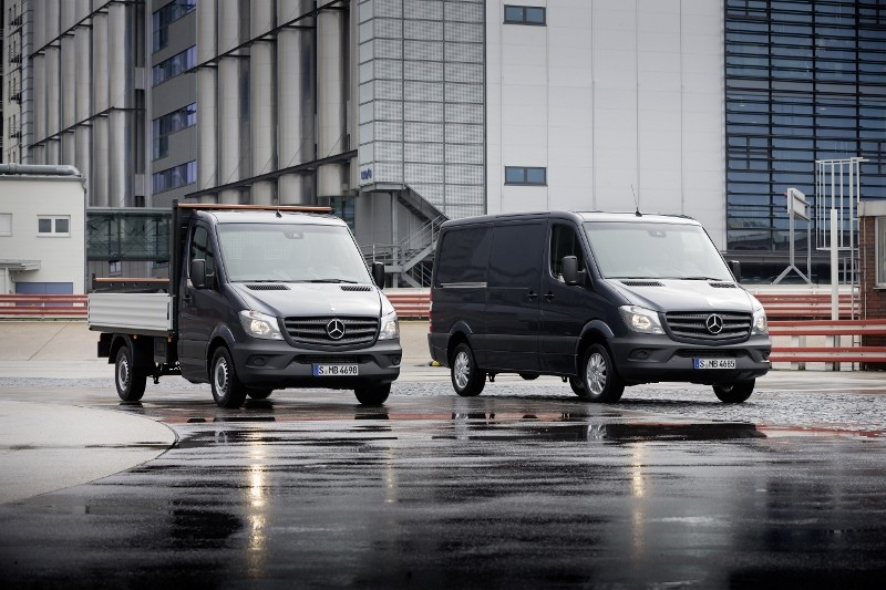New Sprinter sets benchmarks in efficiency, safety and dynamics