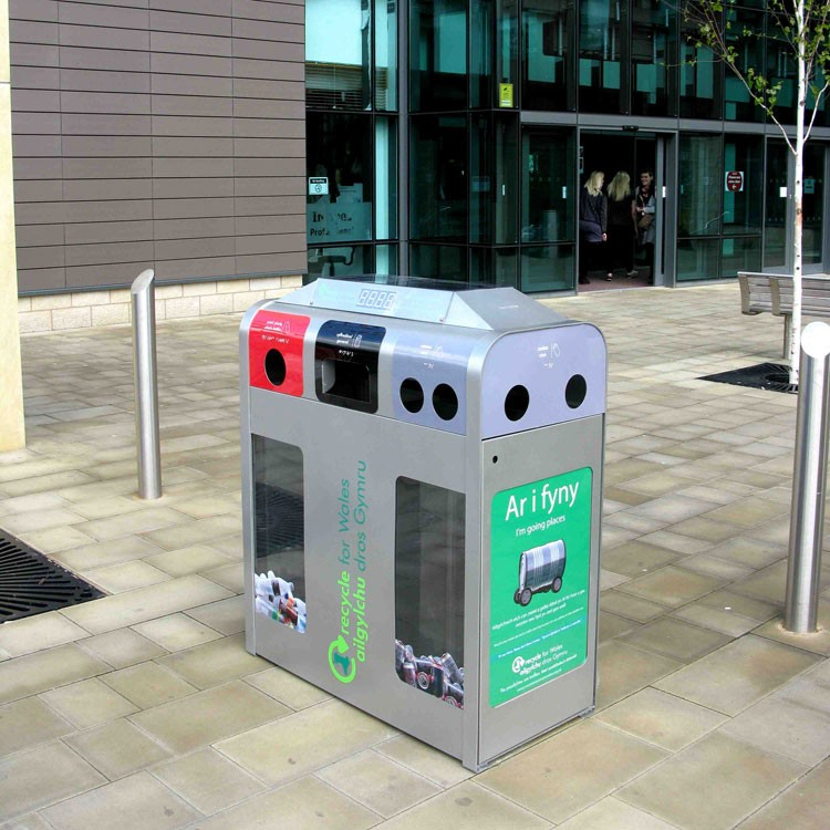 Strobe - The Interactive Multi-Sensory Recycling Unit