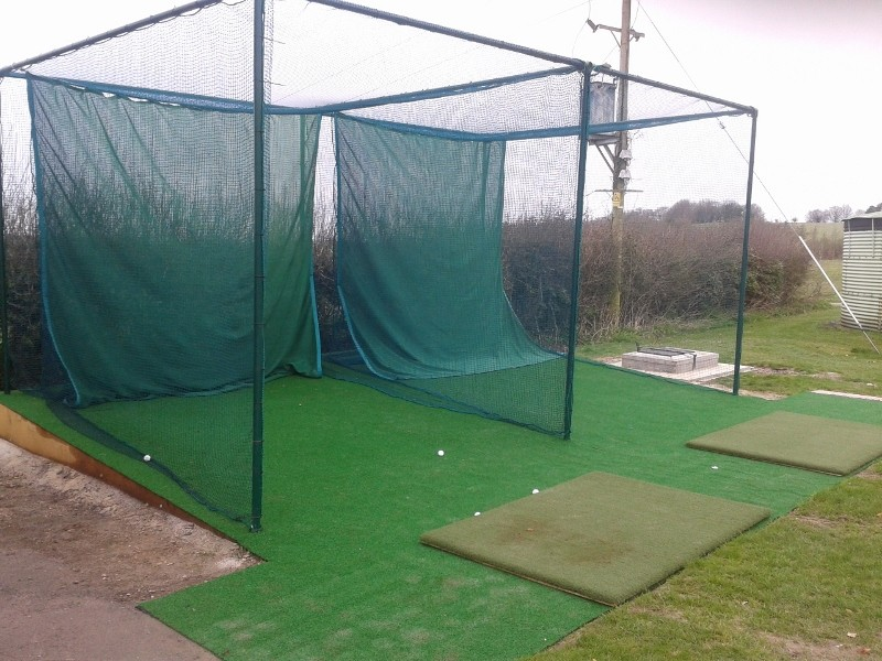Sportsmark double bay practice cage with auto ball return