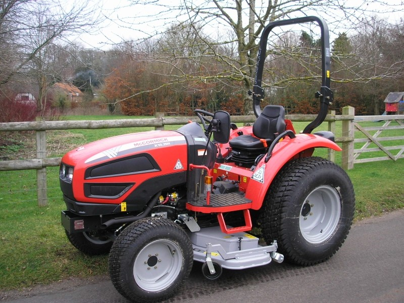 New McCormick dealership handles groundscare tractors in south Midlands