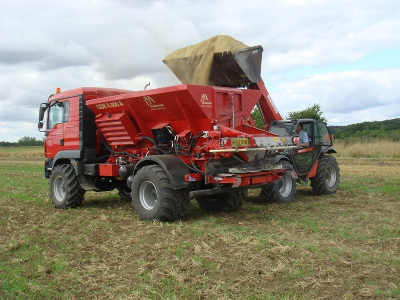 High Speed Lime Spreader cuts costs and improves service