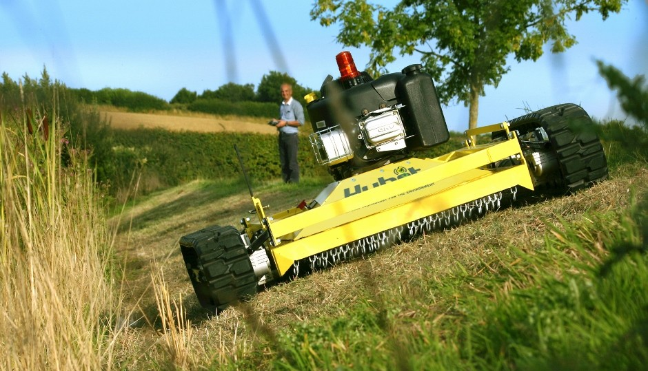 Introducing the Hybot 2 hybrid and remote-controlled steep-terrain mower