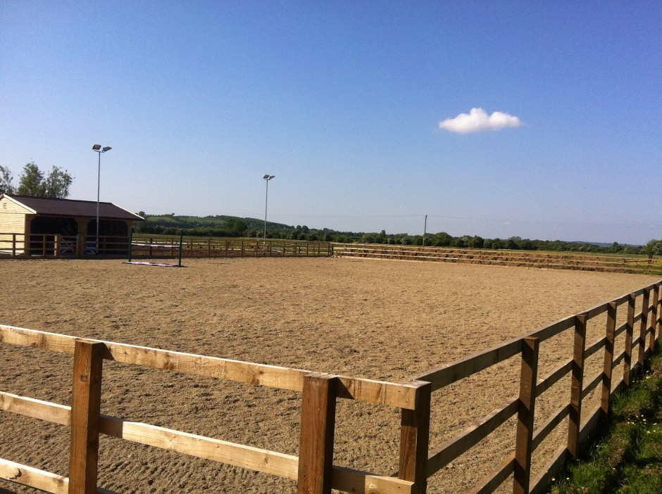 White Horse Contractors get new equestrian centre up and running