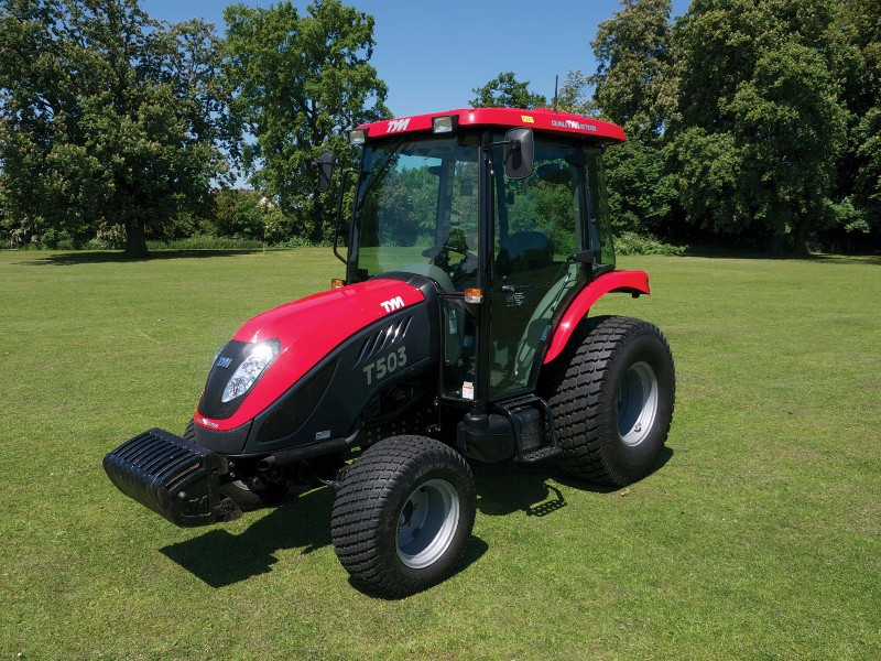 TYM TRACTORS AT BTME FOR FIRST TIME ON LELY – PARTNERS IN TURFCARE STAND