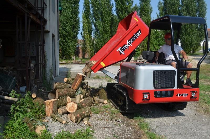 New Tracked Dumper Makes UK Debut at ScotPlant 2014