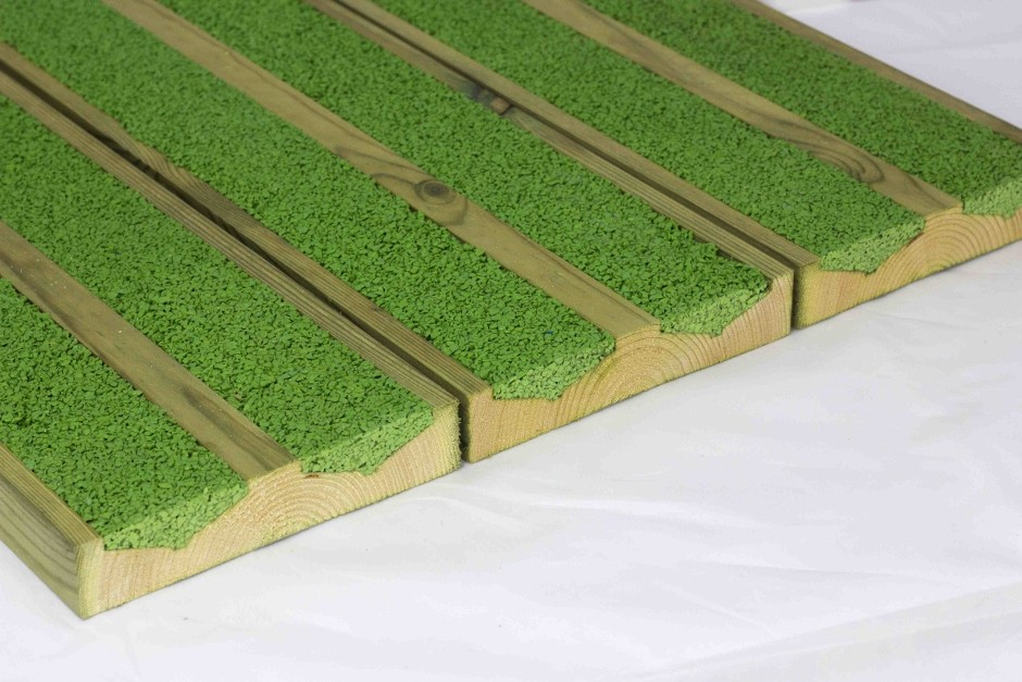 Gripsure responds to flooding with UK's first draining decking