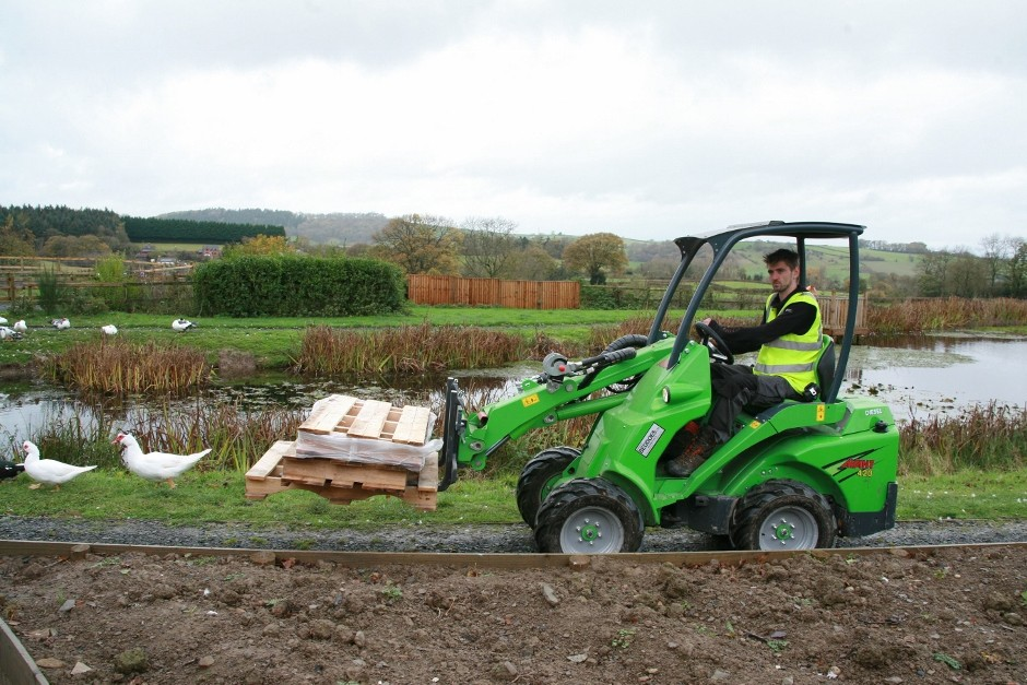 Avant compact loader proves perfect for disability charity