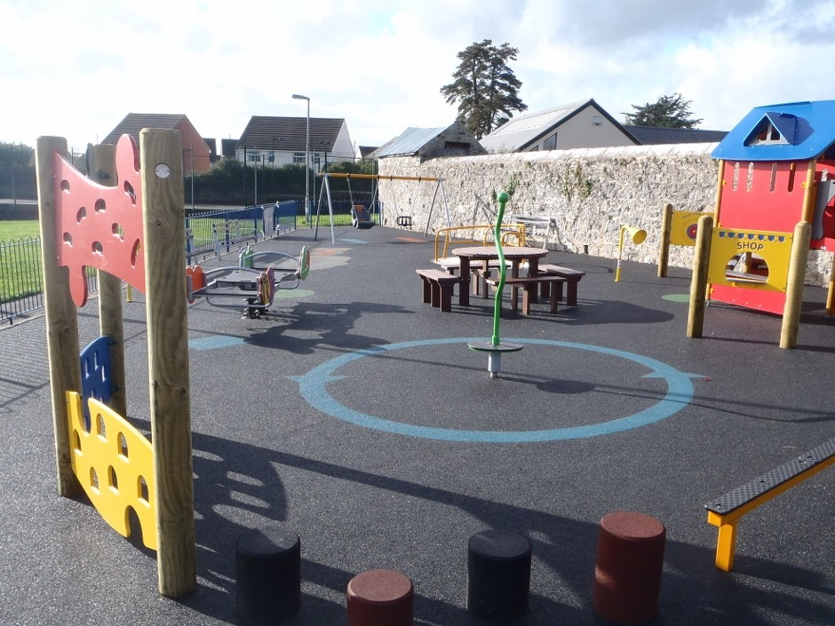 New Chudleigh play area recieves backing from local community