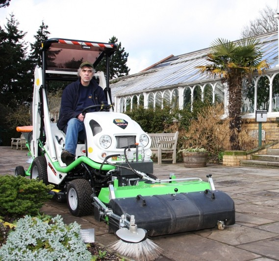 Spring Clean with Etesia