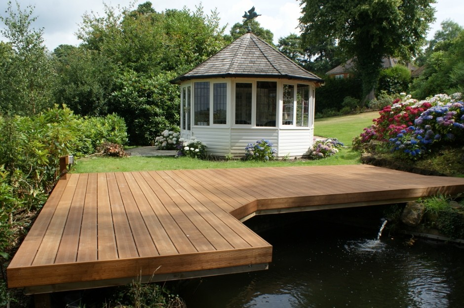 Heveatech decking is naturally engineered
