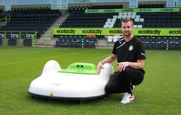 "Etesia's Robot Mower is The ""˜Extra Man' For Forest Green Rovers FC"
