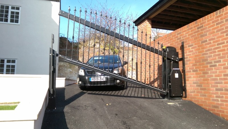 First lifting gates for tricky spaces and tight parking installed