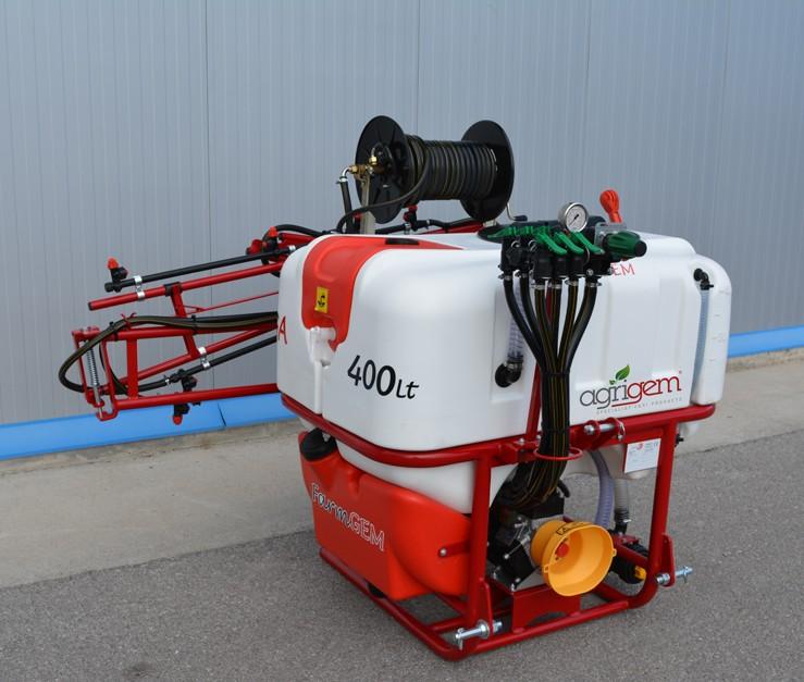 New amenity mounted sprayer range