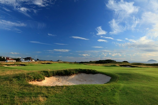 Hugh King sand underpins triumphant Turnberry return