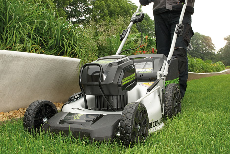 Spaldings Appointed National Dealer For Greenworks Commercial 82v Cordless Landscape Tools