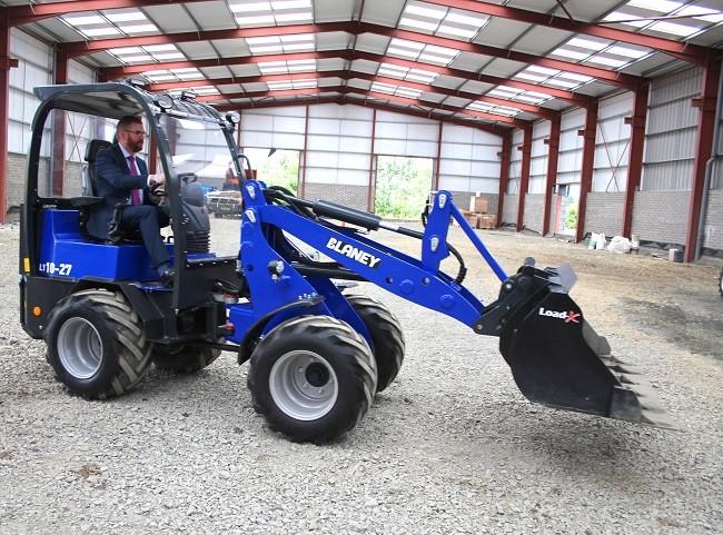 Economic Minister test drives new Blaney loader concept