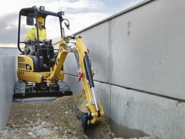 Caterpillar to design and manufacture mini excavators